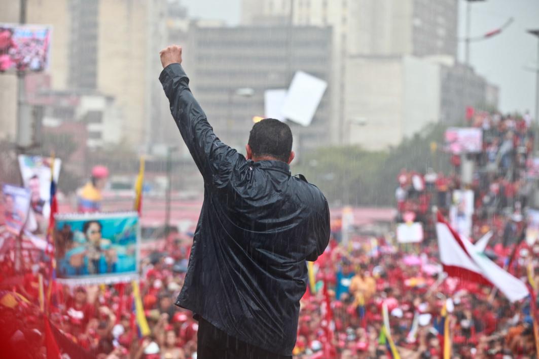 Frente al imperialismo: confianza en el pueblo
