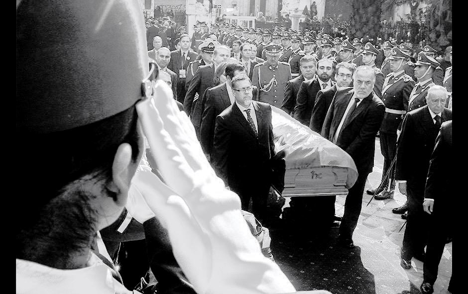 Funerales de un régimen